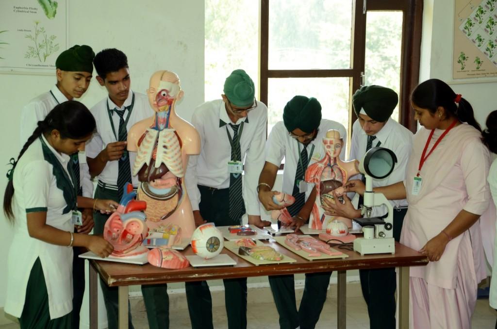 Bio Lab (1)