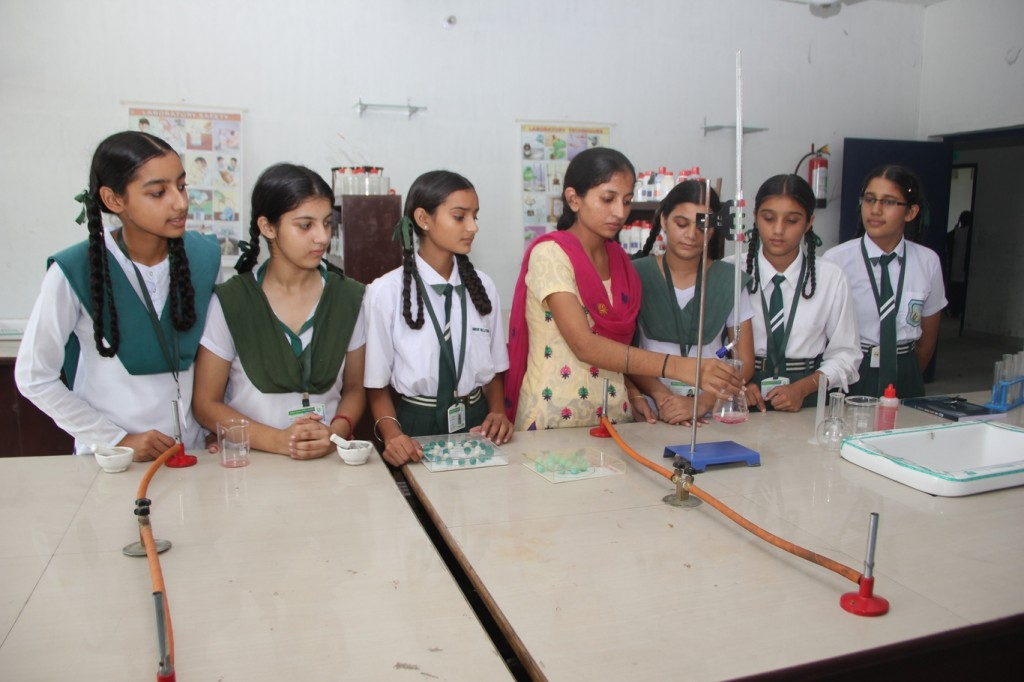 Chemistry Lab (3)